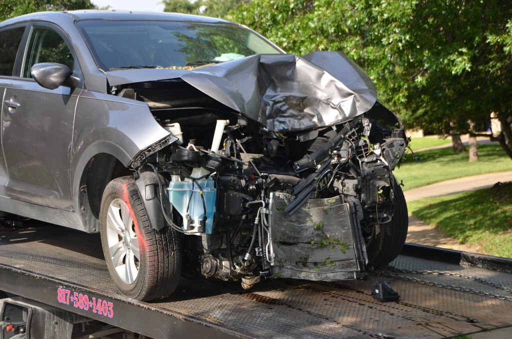 A car involved in a road traffic collision being towed (Image: Pixabay)